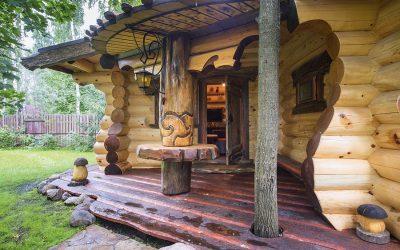 Баня из бревна: преимущества и недостатки
