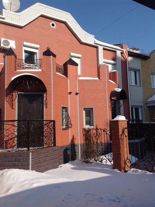 Фасадные панели Docke-R Berg Кирпичный, отделка цоколя - BURG Земляной