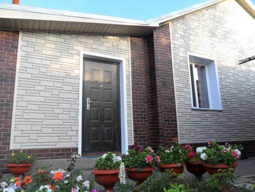 Фасадные панели компании Imabel, кирпич - цвет кофе, камень - цвет мрамор