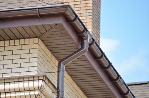 Пластиковые софиты для крыши